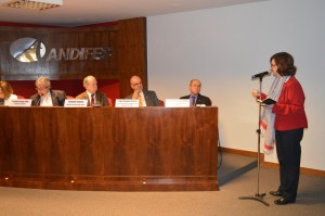 Permanência estudantil e políticas para a formação de professores foram temas abordados pela reitora Roselane Neckel na reunião em Brasília. Foto: Reprodução Andifes