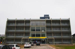 Prédio do CDS abrigará direções, secretarias, salas de aula e de professores. Foto: Jair Quint / Agecom / UFSC